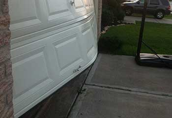 Garage Door Off Track Near Aliso Viejo | Garage Door Repair Orange